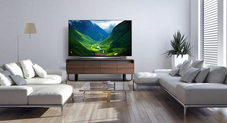 Een oled-tv van LG. De beeldtechnologie is aan een stevige doorbraak bezig, al zijn oled-tv's nog wel wat duurder dan klassieke lcd-modellen.