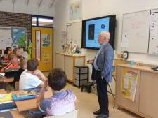 Bert Woudstra (87) maakt oorlogsgeschiedenis 'levend'