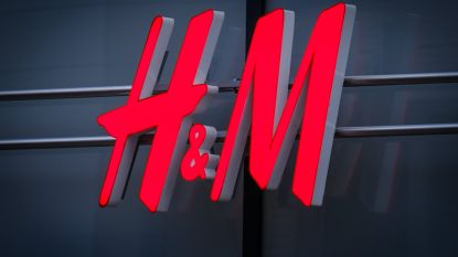 "H&M stelt diversiteitsmanager aan na rel om ""racistische"" trui"