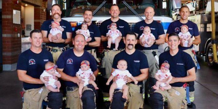 En seulement quatre mois, neuf pompiers d'une caserne située à Rancho Cucamonga, en Californie, sont devenus papas