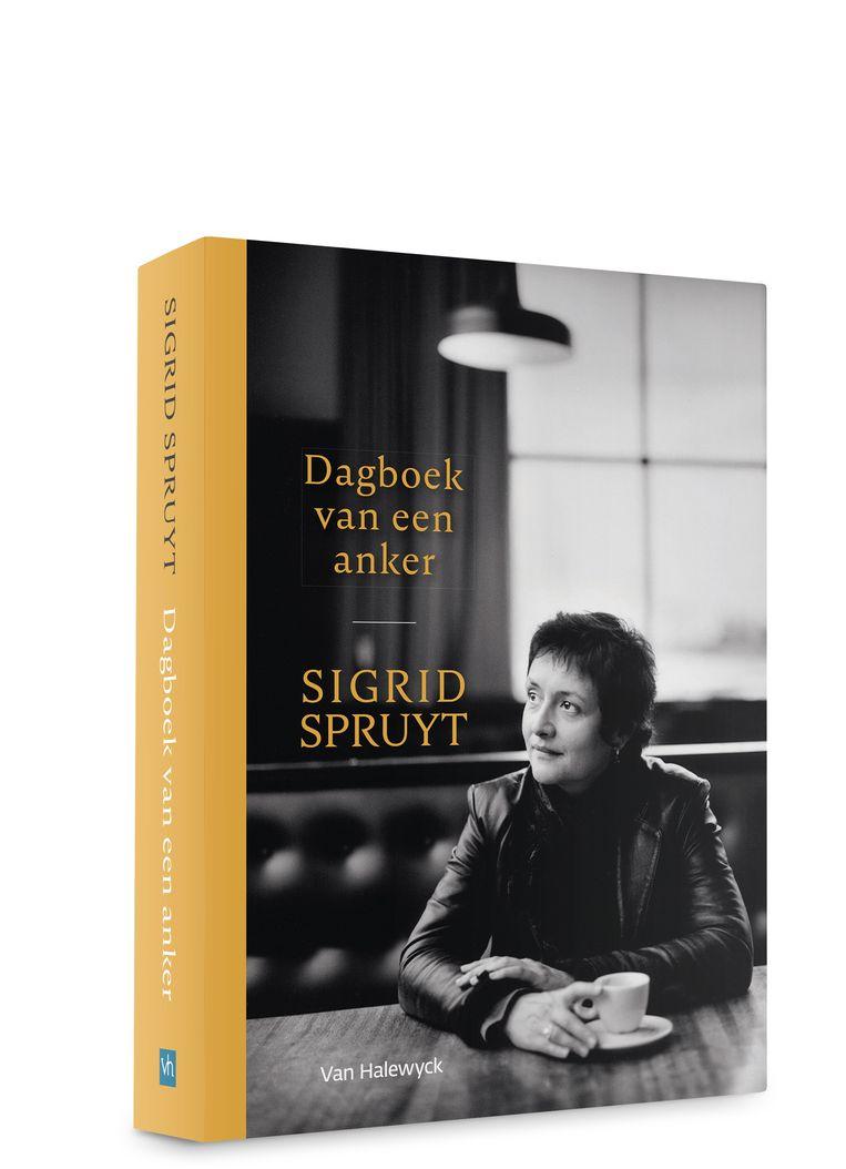 'Dagboek van een anker' is verschenen bij Van Halewyck, telt 240 bladzijden en kost 21,95 euro.