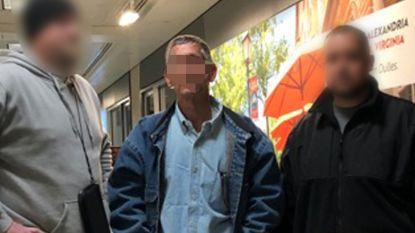 Moordenaar die kogel door hoofd van ouders jaagde keert na 37 jaar cel terug naar ons land