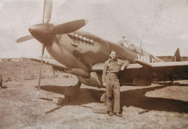 Sidney Cole tijdens de oorlogsjaren.