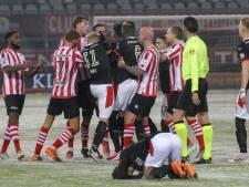 PSV kwakkelt, krabbelt op en is de 'lekker doorvoetballen-arbitrage' van Bas Nijhuis beu