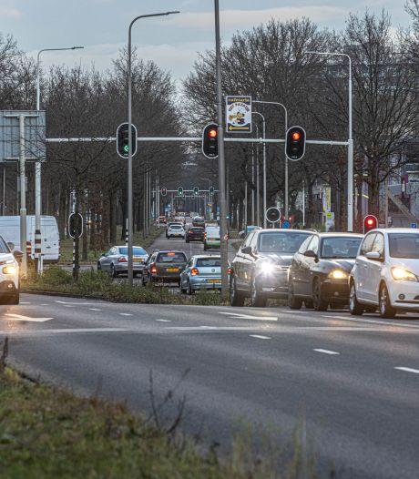 Een groene golf is niet de oplossing voor drukke Zwartewaterallee in Zwolle, miljoenen van het Rijk zijn dat wel