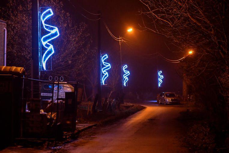 Ook in de straten rond het Kerkplein zorgden de horecazaken voor kersverlichting.