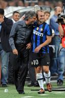 José Mourinho en Wesley Sneijder op 29 augustus 2009.