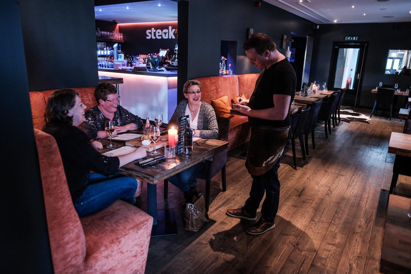 Restaurant Steak'm in Nieuw-Dijk.