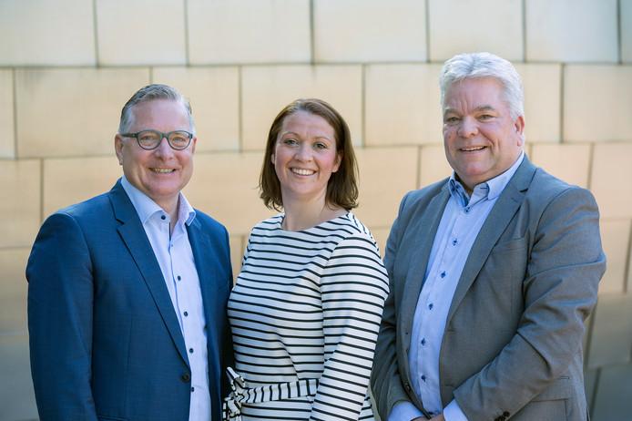 De portefeuille van Rolf Vullings (rechts) wordt overgenomen door onder meer wethouders René Jansen en Bea van Beers.
