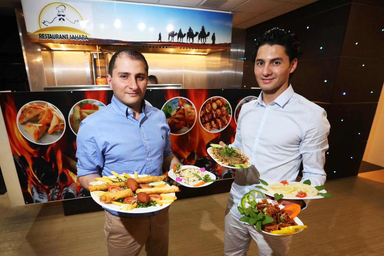 Overtuigd Van Succes Van Het Allereerste Syrische Restaurant In