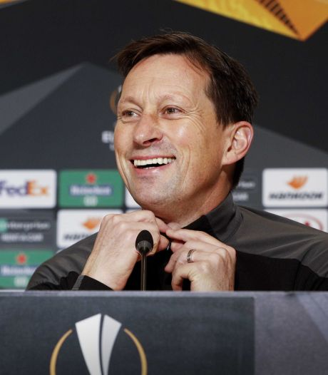 Roger Schmidt wil al zijn spelers in de winter bij PSV houden: 'We hebben ervaring nodig'