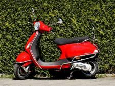Mogelijk parkeerverbod voor scooters: wat vinden de Enschedeërs?
