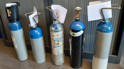 Grote flessen lachgas in beslag genomen