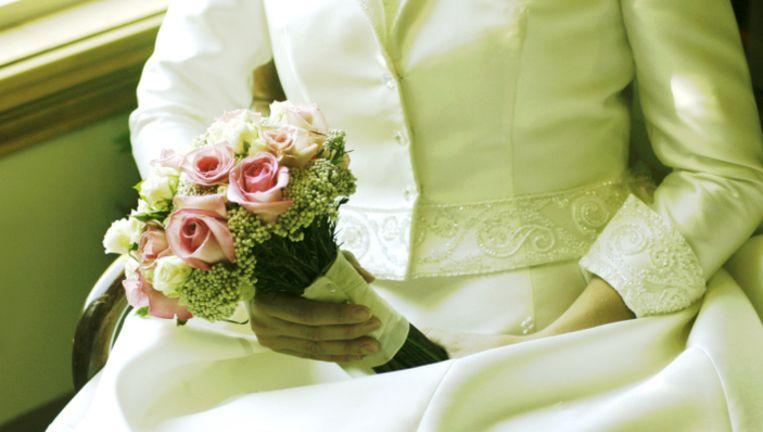 Bruidegom Schiet Bruid Getuige En Zichzelf Dood