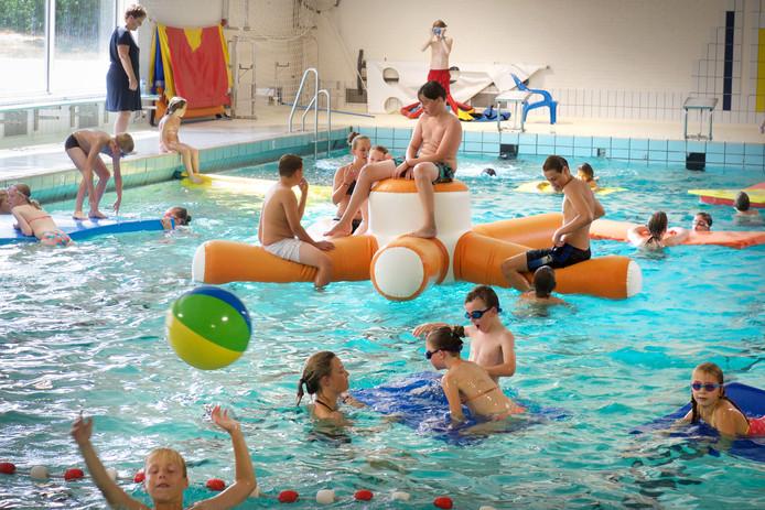 Zwembad De Helster in Elst.