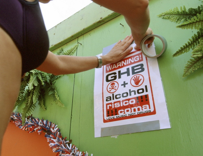 GHB is een populaire, maar gevaarlijke partydrug.