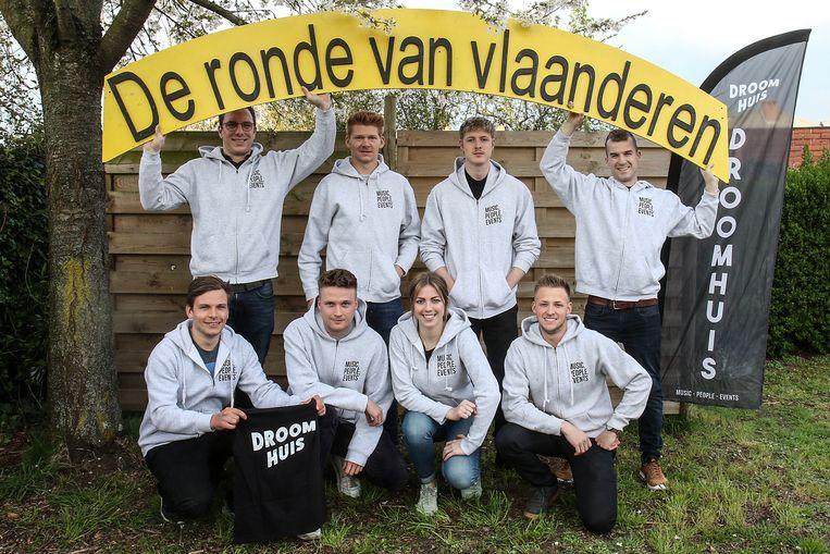 Het collectief Droomhuis staat ook dit jaar weer in voor het feest tijdens de doortocht van de Ronde van Vlaanderen aan de Zandberg in Zele.