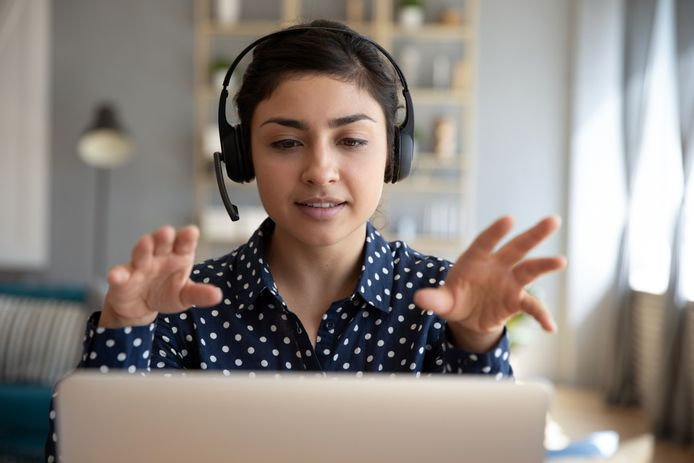 Foto ter illustratie. Laat regelmatig wat van je horen als je thuiswerkt, raden de experts aan.