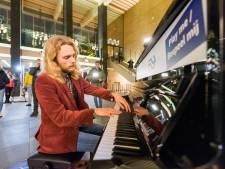 Symbool van zinloosheid maakt plaats voor symbool van hoop: 'Er hadden hier wel tien piano's kunnen staan'