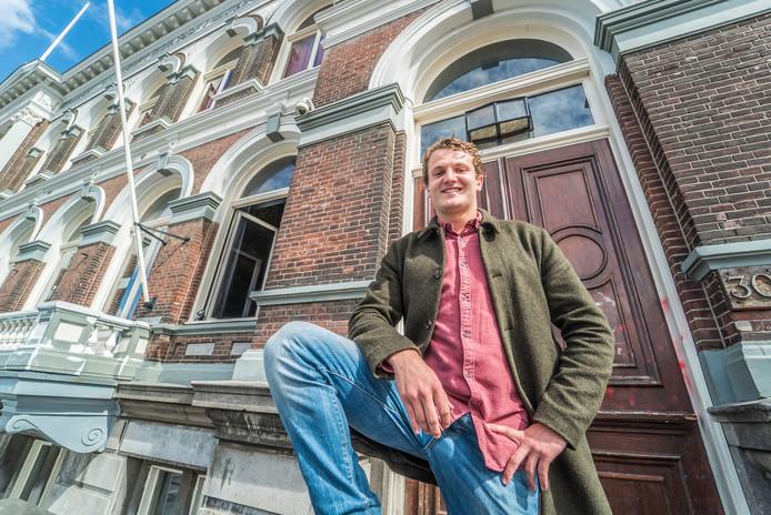 Xander van Beurden, lid van het Delftsch Studenten Corps wil dat de komende generaties studenten anders over drank gaan denken.