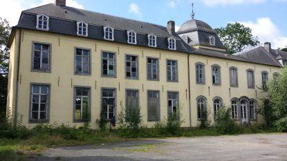 Rechtbank dwingt eigenaars kasteel van Viane te herstellen in oorspronkelijke staat