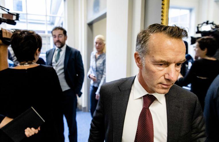 VVD-Kamerlid Van Haga, met op de achtergrond VVD-fractievoorzitter Klaas Dijkhoff. Beeld null
