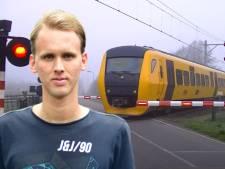Immens populaire video van spoorwegovergang Laag Zuthem door barrière van 100 miljoen views door actie dj's 3FM