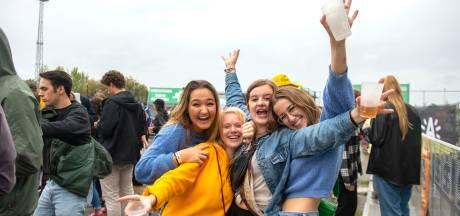 """Grote Antwerpse Studentenonderzoek: """"Student voelt zich verbonden met stad maar is ontevreden over openbaar vervoer"""""""