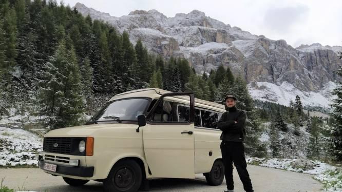 """Bram Vanhove (24) uit Diepenbeek met oude Ford Transit op weg naar India: """"Reizen is controversieel nu, maar ik werd gek als ik niet vertrok"""""""