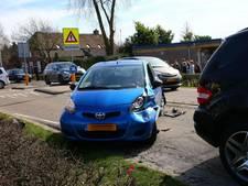 Drie auto's betrokken bij kop-staart botsing Berghem