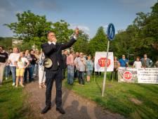 Minister Grapperhaus tikt stichting Onderdak op vingers over Paasbergflat