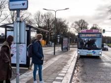 Buslijn 99 doet voor het eerst de Bergmaas bij Zeeland aan