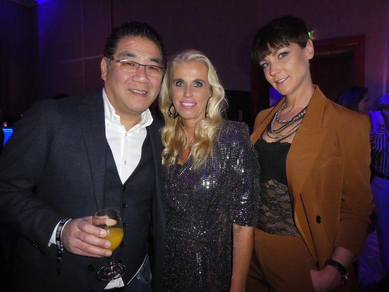 Horecatycoon Won Yip, Tamara van 't Foort (Holland Casino) en Sabine van der Zon, de p.a. van Don Diablo. Van 't Voort: