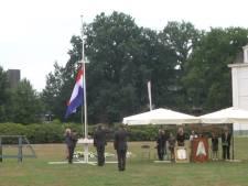 """Indië-herdenking Enschede: """"Blijf herdenken om alle mensen die zijn vermoord"""""""