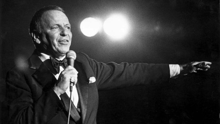 Frank Sinatra (1915-1998).