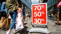 """Modewinkels voeren druk op om solden uit te stellen: """"Honderden faillissementen en duizenden ontslagen vermijden"""""""