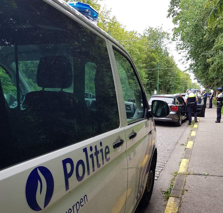 De politie kwam tussen aan de achterkant van de Zoo