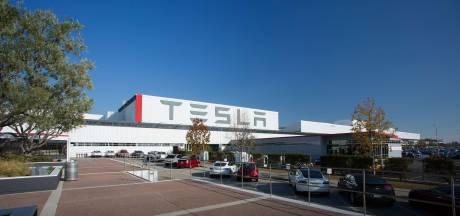 Tesla bouwt Model 3 in een tent naast de fabriek