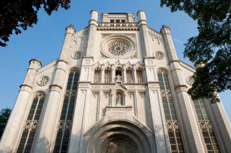 De Sint-Annakerk wordt binnenkort een Delhaize.