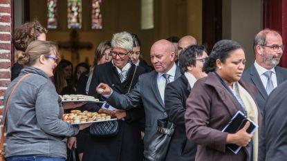 Piet Huysentruyt neemt afscheid van mama met macarons