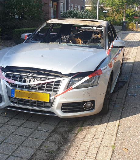 Man (25) opgepakt voor brandstichting in auto Malden