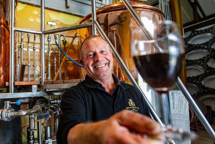 Steve Gammage van de Bronckhorster Brewery in Rha is blij met de start van het nieuwe bokbierseizoen.