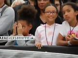 Dochtertje Beyoncé en Jay-Z schaamt zich voor schaars geklede ouders