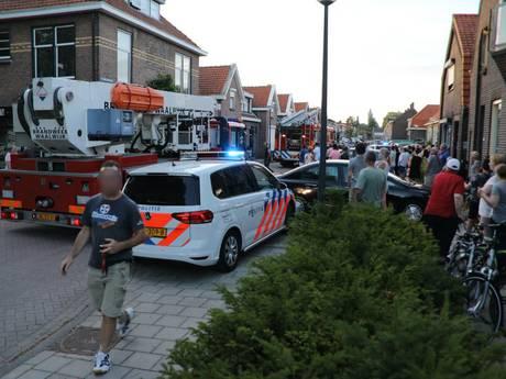Brandende tuinset op balkon in Waalwijk trekt veel publiek
