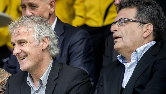 Fred Rutten keert vrijwel zeker terug bij FC Twente . Hij wordt dan herenigd met Ted van Leeuwen (rechts), met wie hij al samenwerkte bij Vitesse.