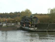 Slotacte militaire drill op de IJssel bij Terwolde: 'Vanwege de pandemie kunnen we minder vaak oefenen'
