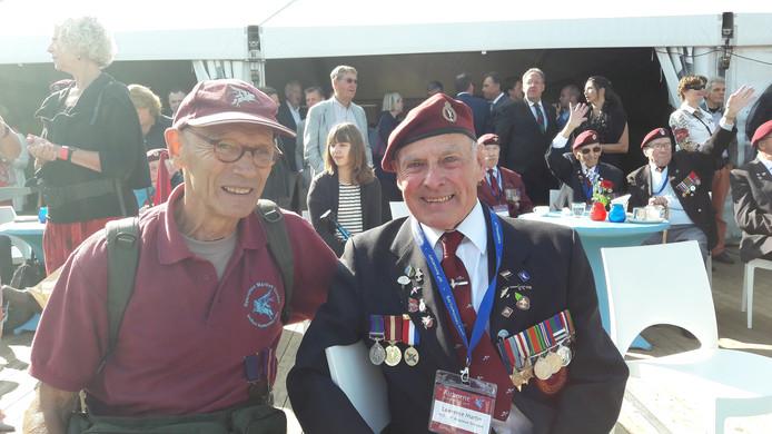 Arnhems oorlogskind Gé Bijlsma met de Britse veteraan van de Slag om Arnhem Lawrence Martin.