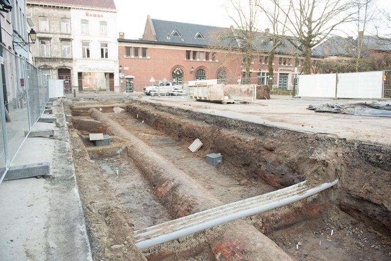 Momenteel zijn de archeologen bezig met opgravingen op het Kaatsspelplein.