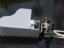 Witte Vleugel in de Zuid-Willemsvaart als cadeautje aan Bossche Zomer