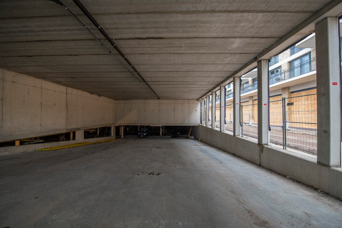 De omstreden parkeergarage onder het in aanbouw zijnde winkelcentrum Anklaar.
